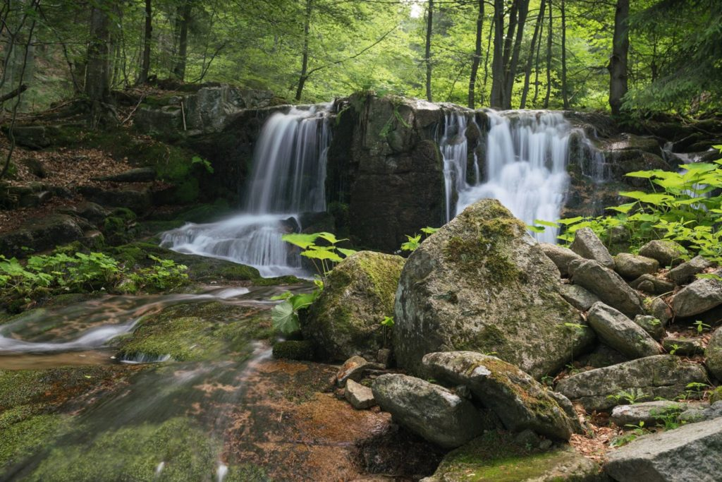 Vodopád naPoniklém potoce